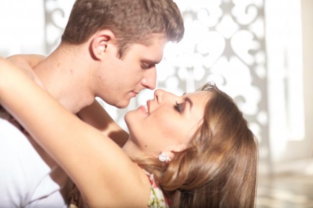 夢占い「好きな人とのキス」に関する夢の診断結果7選
