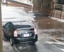 夢占い「洪水で車の被害」に関する夢の診断結果6選