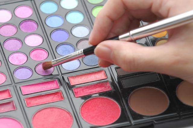 夢占い「化粧」に関する夢の診断結果12選
