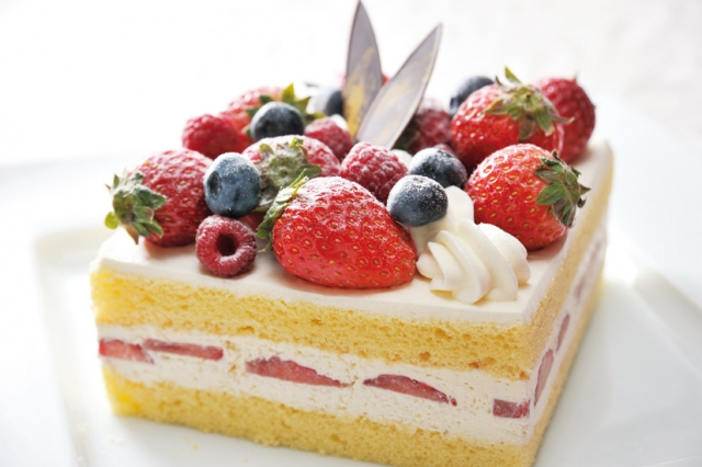 夢占い「ケーキを買う」夢の診断結果8選