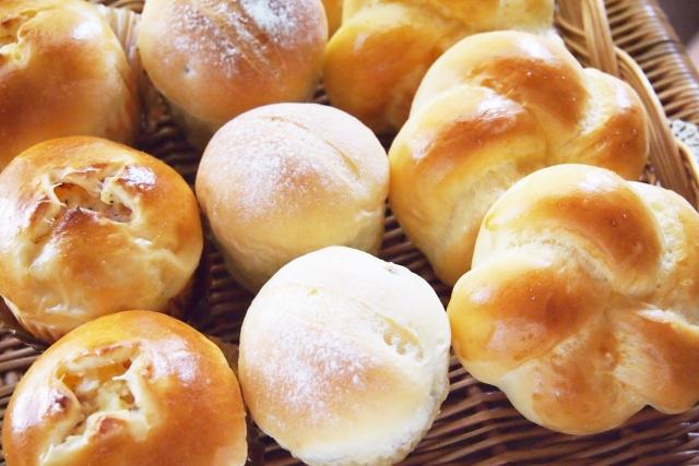 夢占い「パンを食べる」夢の診断結果8選