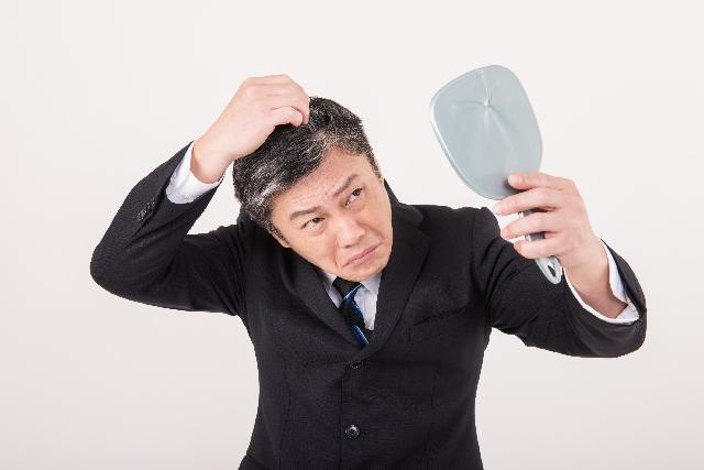 夢占い「白髪を抜く」夢の診断結果
