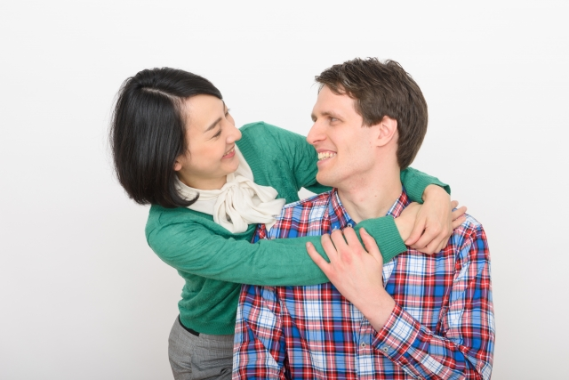 夢占い「抱きつかれる」に関する夢の診断結果